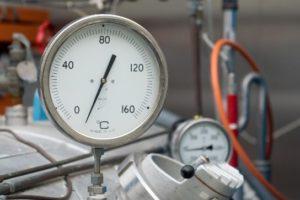Postupak dopune klima uređaja freonom